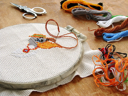 original-activity-for-kids-teaching-them-sewing2